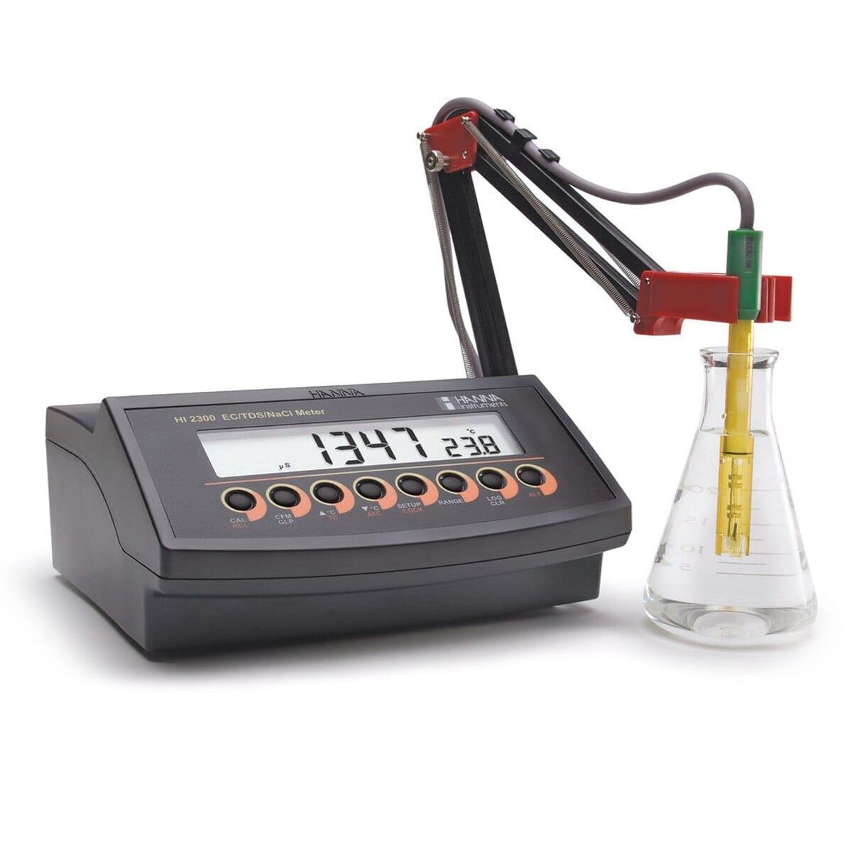 مشخصات، قیمت و خرید کنداکتیویتی متر رومیزی HI2300 هانا